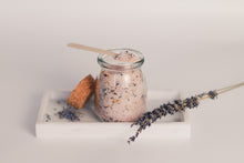 Load image into Gallery viewer, Botanical Bath Salt - Candleholic Shop