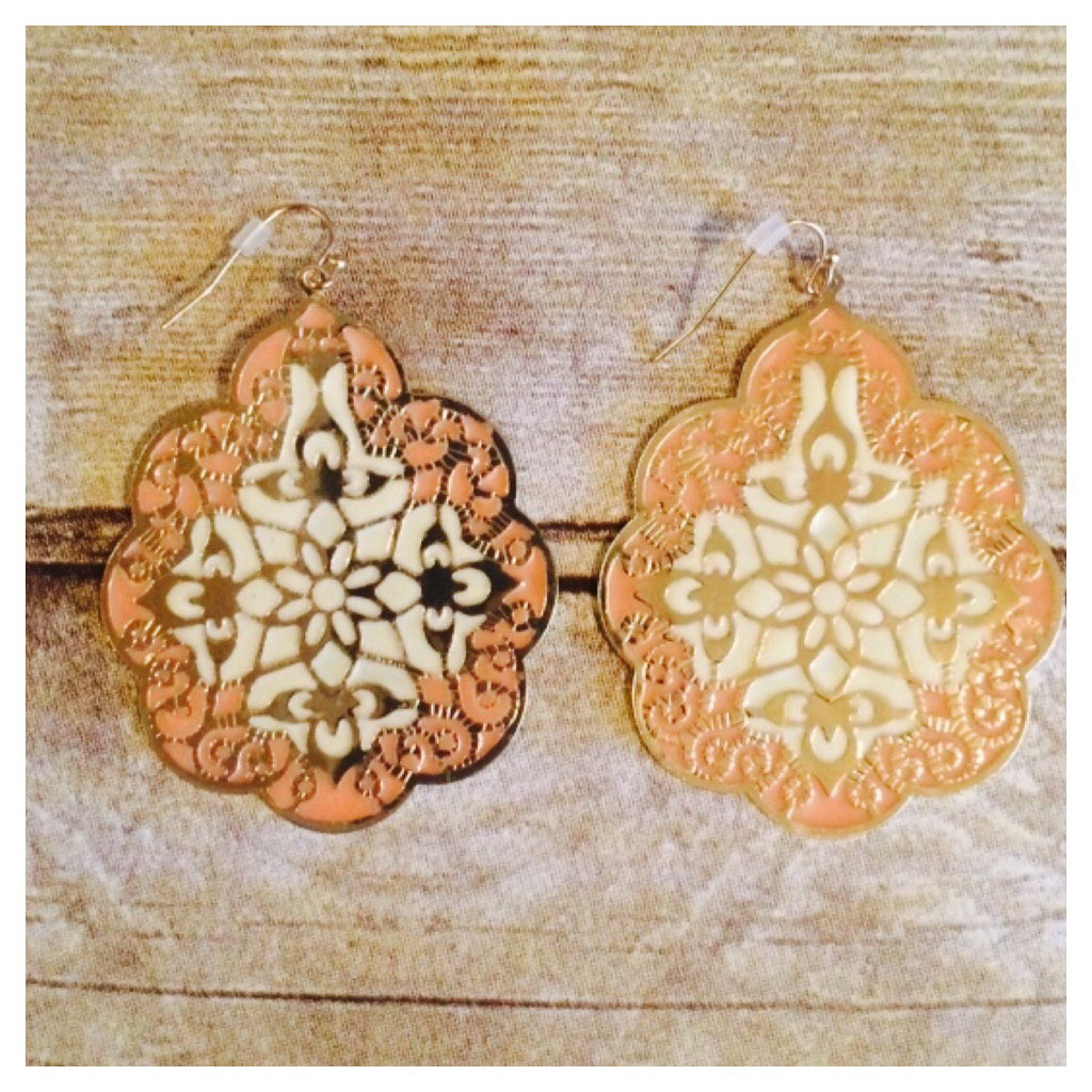Neutral, Cream & Gold Lightweight Earrings