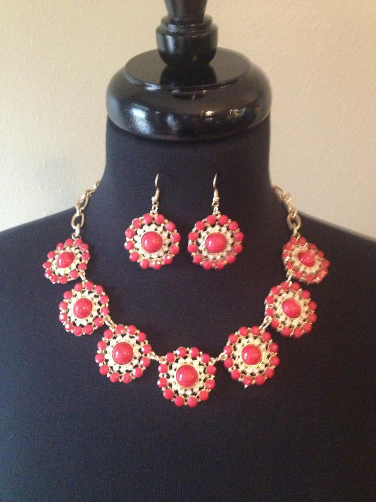 Coral Round Necklace & Earrings