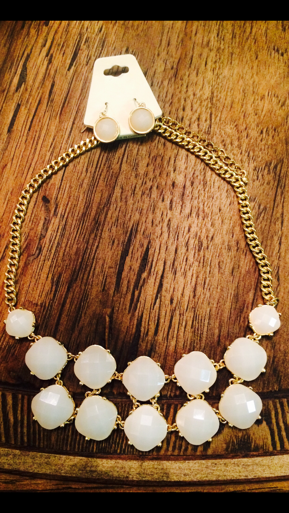 White Double Strand Necklace Set
