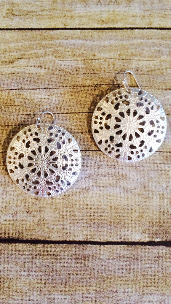 Matte Silver Round Filigree Earrings