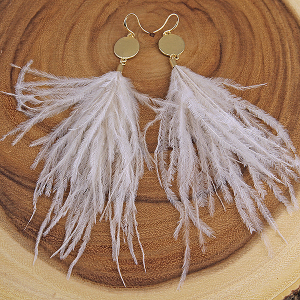 Gray Soft Feather Gold Circle Earrings