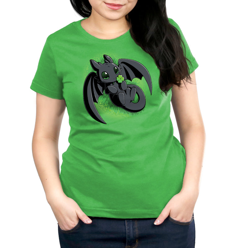 Lucky Toothless Women's Relaxed Fit T-Shirt Model How to Train Your Dragon TeeTurtle