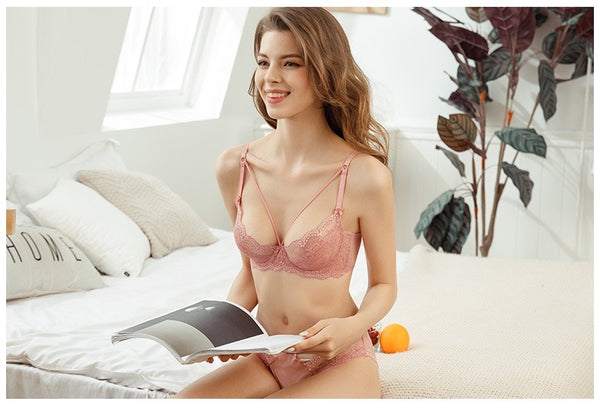 Finding Dear Eve Lingerie