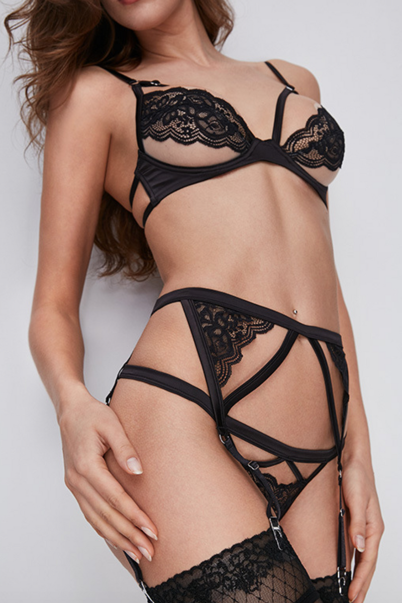 Déesse black lace G-string