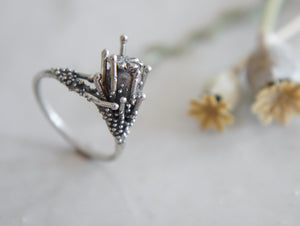 PAPAVER / poppy seedpod ring in sterling silver