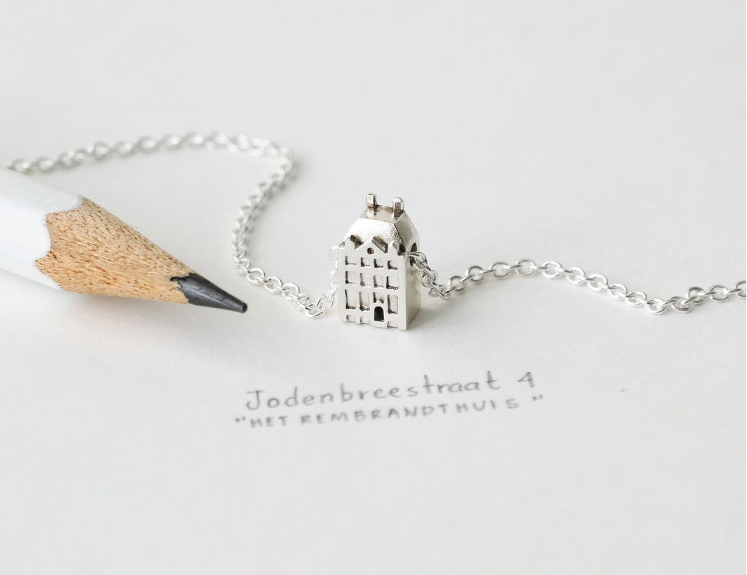KUNST - ART / miniature Rembrandt house necklace in sterling silver