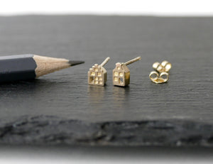 TINY AMSTERDAM 14k GOLD EARRINGS - miniature dutch house studs in solid 14k gold (585)