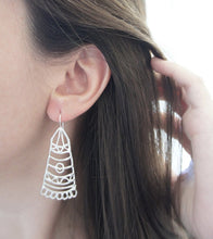 Load image into Gallery viewer, BARAKA / moroccan inspired earrings in sterling silver