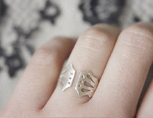 Load image into Gallery viewer, LINGERIE RING 003 / hand-pierced adjustable ring in sterling silver