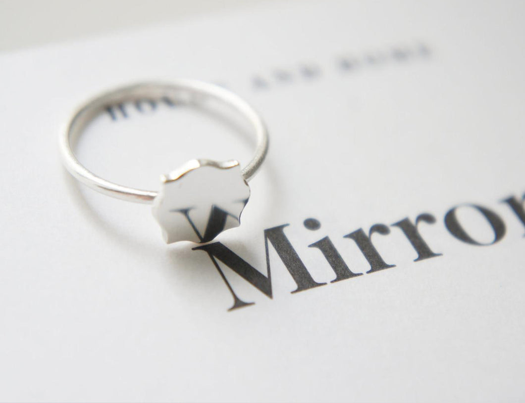 MINIATURE MIRROR / sterling silver ring