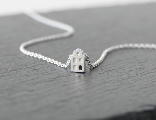 MOOI - BEAUTIFUL / miniature dutch house necklace in sterling silver