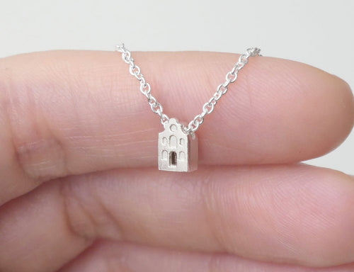 RUSTIG - TRANQUIL / miniature dutch house necklace in sterling silver