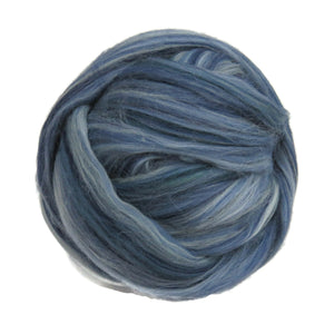 Superfine merino wool roving 19 microns , 2 or4 oz,color blend (Denim Wash)