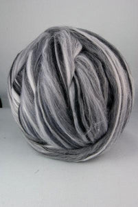 4 oz Merino wool Roving,19 microns, color:Photography