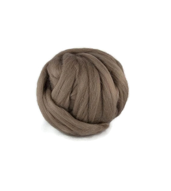 Superfine Merino wool roving 19 microns, 4 oz, Color: Ash