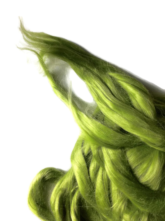 Ramie Roving : Ramie fibers in tones of Lime called Caipirinah