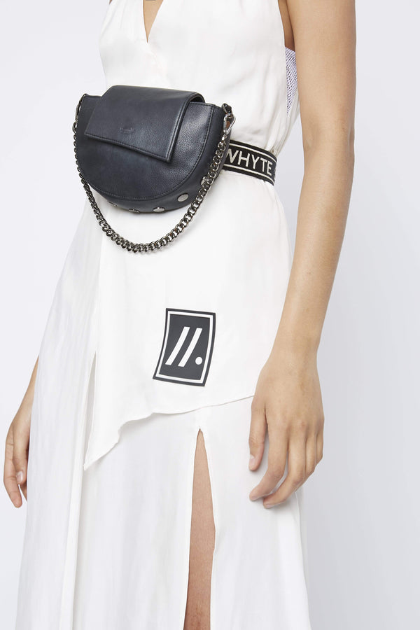 "Accessory THE ""NEIL"" CHAIN BAG"