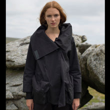 Load image into Gallery viewer, Womens Short Parka Black