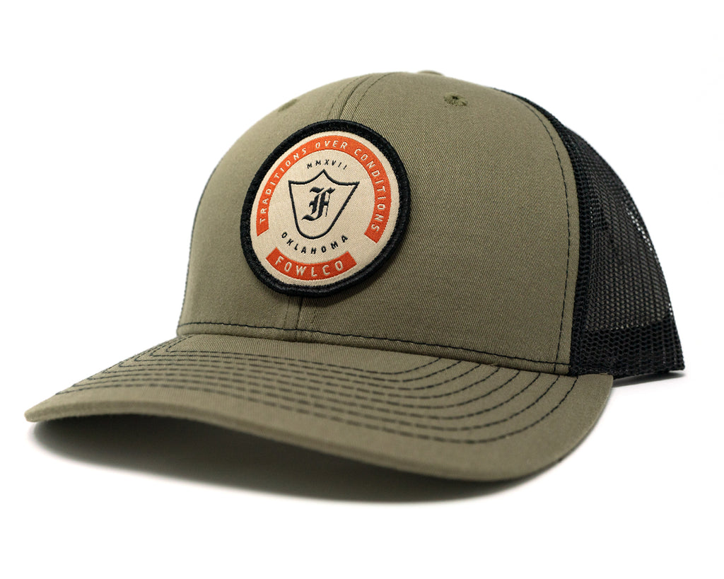 BADGE 112 TRUCKER - OLIVE/BLACK