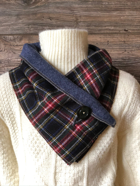 KIDS Black Plaid Neckwarmer