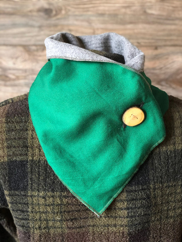 Kelly Green Neckwarmer