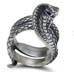 Snake Ring <br> Naja Cobra (silver) - The Vipers House