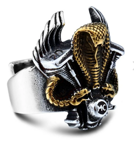 Snake Ring Golden Biker Cobra