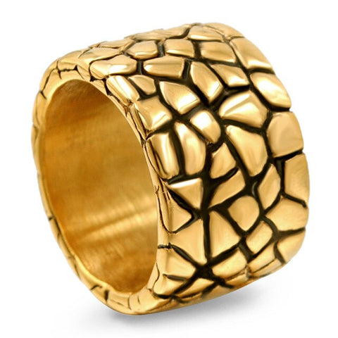 Snake Ring Robust Golden Scale
