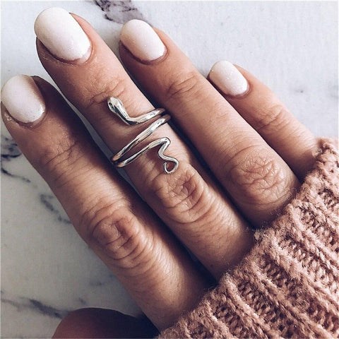 small finger snake ring