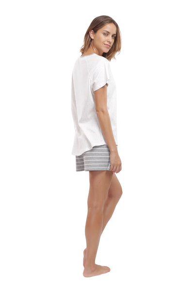 The Lighthearted T-Shirt & Shorts