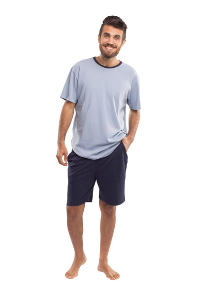 The Men's Weekender Shorts in Navy & Light Blue