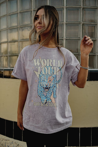 world tour graphic tee. www.loveoliveco.com