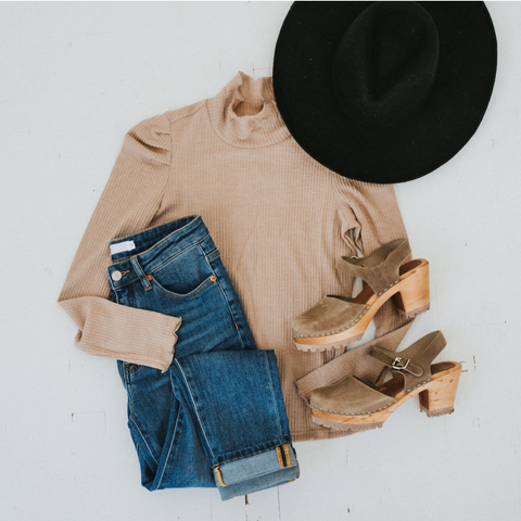 styling a brimmed hat. www.loveoliveco.com