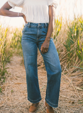 wide pant jeans, retro 90s feel. they are back in style. www.loveoliveco.com