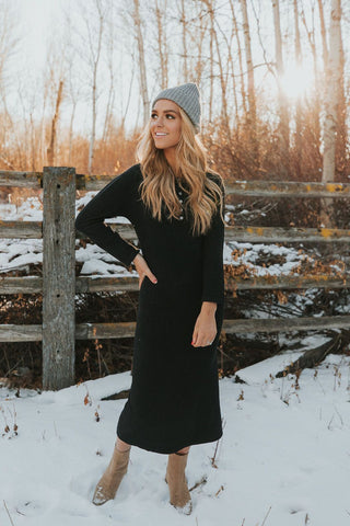 zoom worthy holiday outfits. www.loveoliveco.com