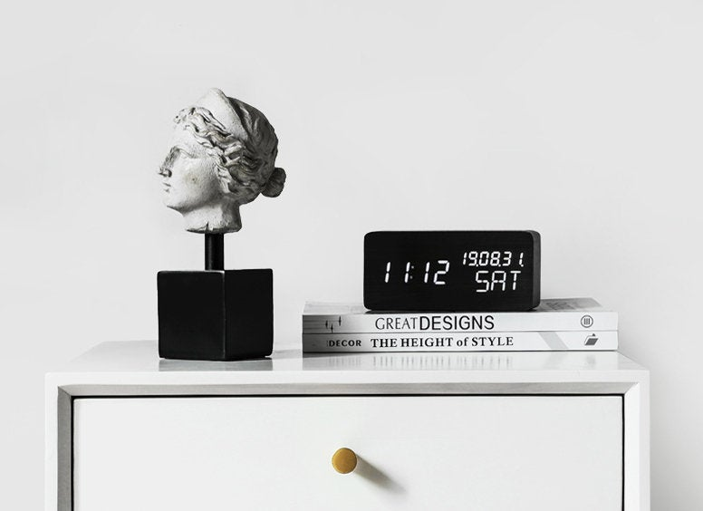 Resin Greek Head Statue with Metal Stand