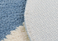 Load image into Gallery viewer, Blue Goose Non Slip Bath Mat
