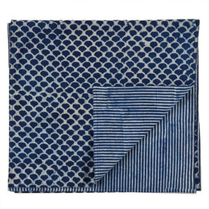 Indigo Hamptons Fish Scales Table Runner