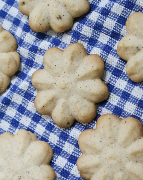 Chai Spritz Cookie Kit