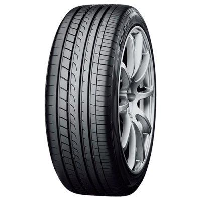 Yokohama BluEarth RV-02  - 215/60 R17 96H