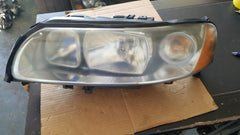 05-09 VOLVO S60 LH HEADLIGHT ASSEMBLY drivers side HALOGEN 30698827