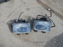 99-02 Discovery Series II 2 Passenger & Driver side Fog Light Assembly SET L&R - USEDPARTSRUS