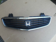 1999-2001 HONDA ODYSSEY FACTORY CHROME GRILLE COMPLETE AS PICTURED - USEDPARTSRUS