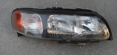 01 02 O3 04 Volvo 70 XC70 Passenger side right headlight head light Non HID - USEDPARTSRUS