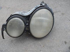 99-02 MERCEDES BENZ W210 E320 E430 E55 LEFT DRIVER HEADLIGHT 2108203761 NON-HID - USEDPARTSRUS