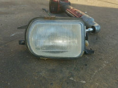 02 03 04 05 Mercedes-Benz C230 Fog Light LEFT DRIVER Side OEM 2158200656 - USEDPARTSRUS