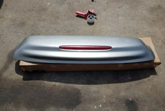 Chevy Trailblazer EXT Rear Spoiler Hatch Panel Light Third Brake 02 03 04 05 06