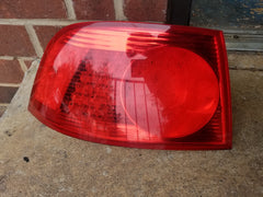 2004-2005 VW PHAETON PASSAT DRIVER LEFT SIDE TAIL LIGHT 3D0-945-096-E OEM