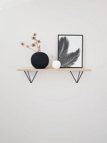 SCANDI DISPLAY SHELF WITH PRISM BRACKETS